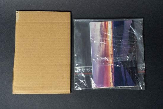 Fotky a kartonová výztuha do obálky